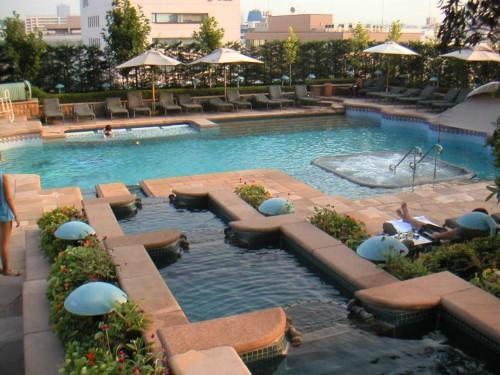ベスト10 東京23区のプールがあるホテル 【トリッ …